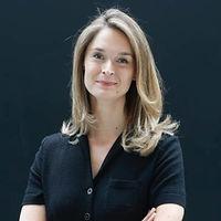 Anne Charlotte Vuccino, Yogist