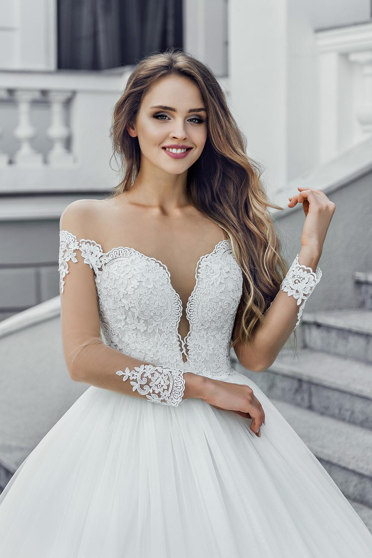שמלת כלה סטרפלס שרוולים