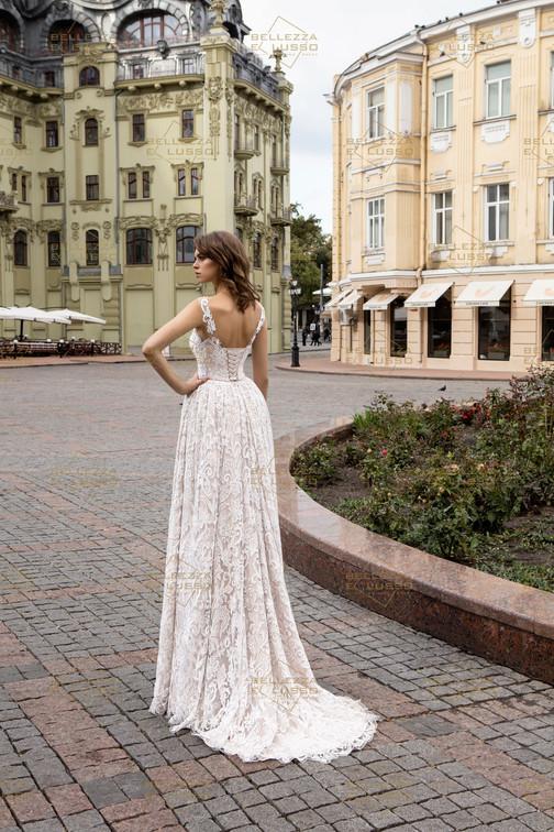 בלי להתלבט! שמלת כלה עם מחוך