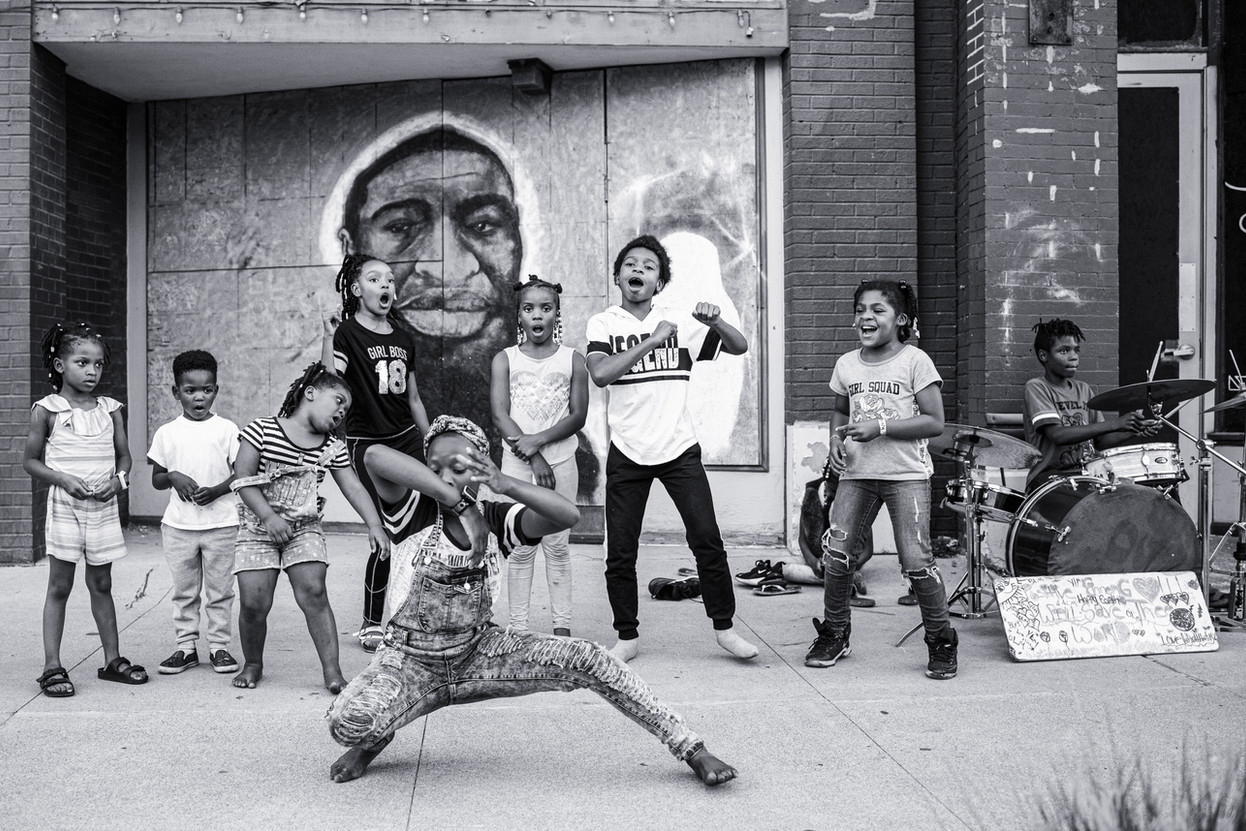 Children Dancing and Drumming on High Street, 2020