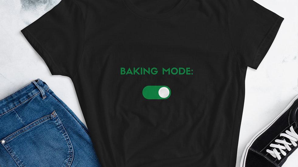 Women's Baking Mode: On t-shirt
