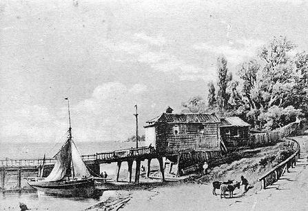 Historic picture of wooden building along Southend Seafront