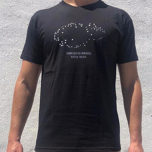 """T-shirt """"Cromeleque dos Almendres"""" #1"""