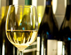 Wine-dreamstime_xl_17290685.jpg