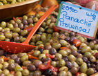 Olives-dreamstimemaximum_10324345.jpg