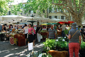 Loire market - Shopping for pique-nique supplies