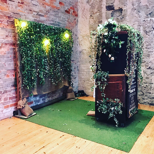 rustic photo booth lulworth castle