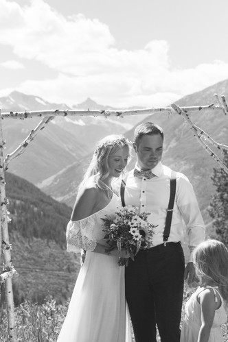 photographers ontario wedding.jpg