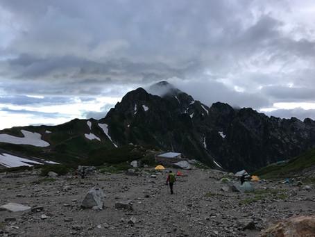 晴れと雨の剱岳ガイド