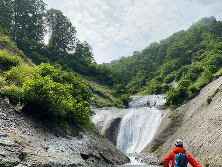 釜と美滝の釜川ヤド沢