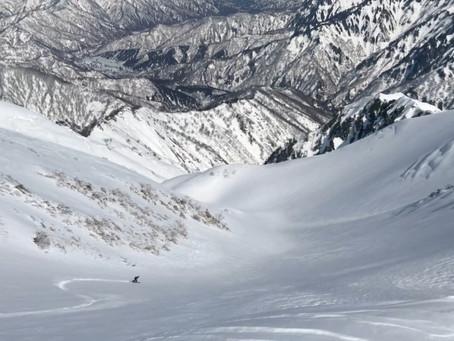 越後の巨峰 越後駒ヶ岳バックカントリー