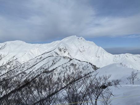 谷川岳山頂詣