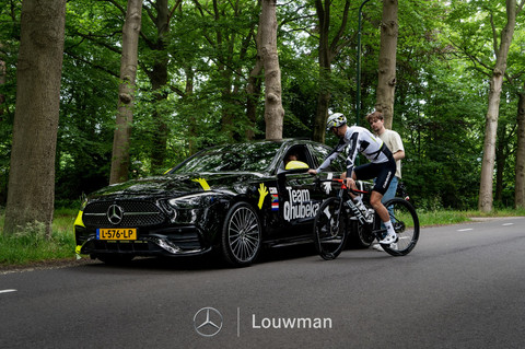 Bert-Jan Lindeman van team Qhubeka Assos  in samenwerking met Louwman.nl