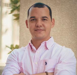 Professor Italo Cisneiros.jpg