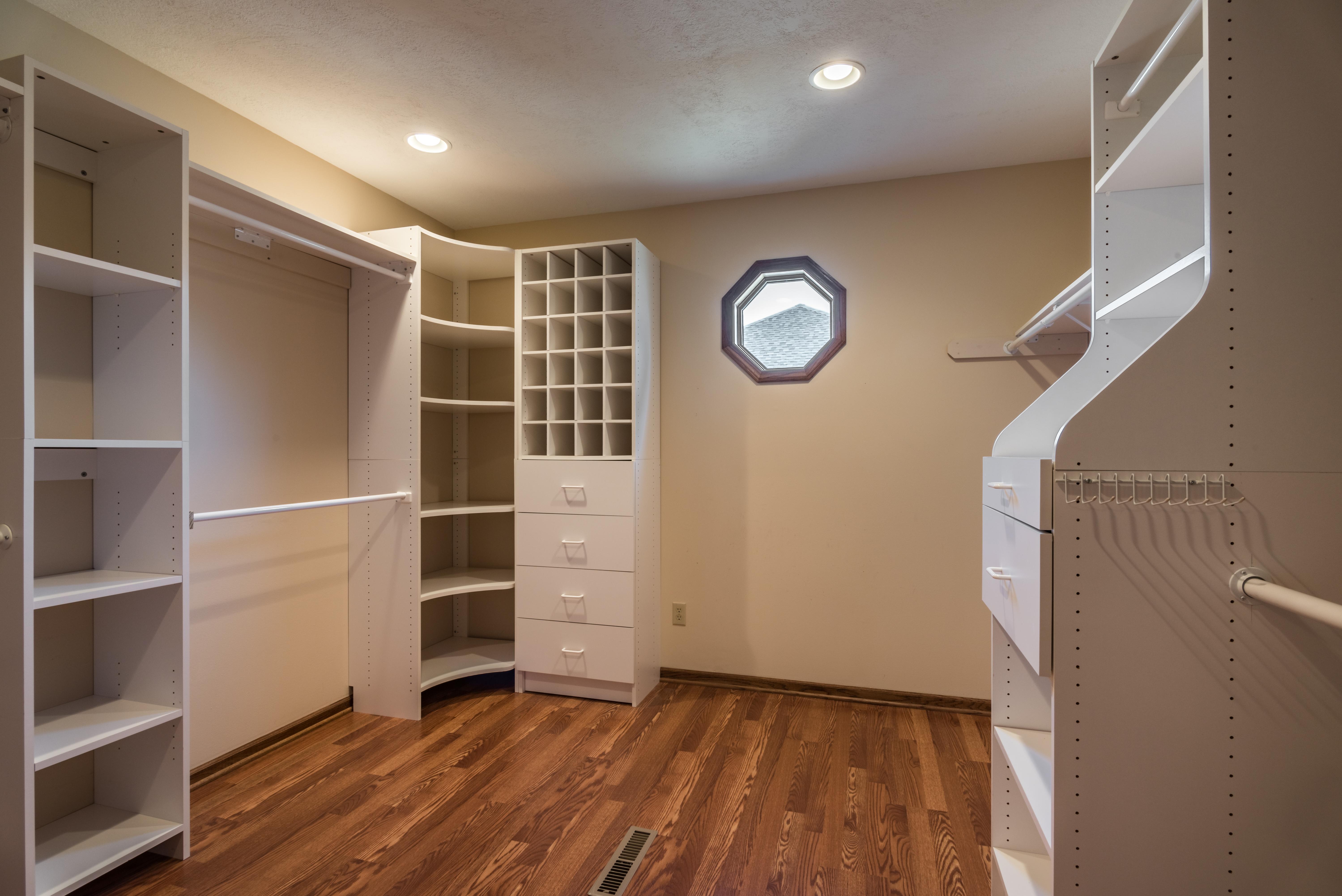 5020 Mullen Street, Shawnee - interior-9