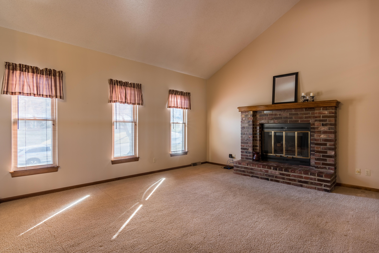 5020 Mullen Street, Shawnee - interior-1