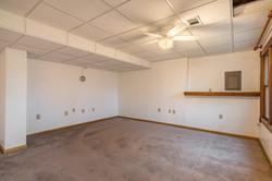4831 Halsey - interior-12