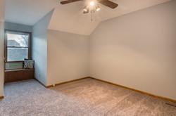 4831 Halsey - interior-15