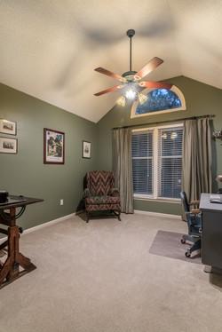 1002 W. 73rd St Shawnee interior-25