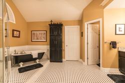 1002 W. 73rd St Shawnee interior-22