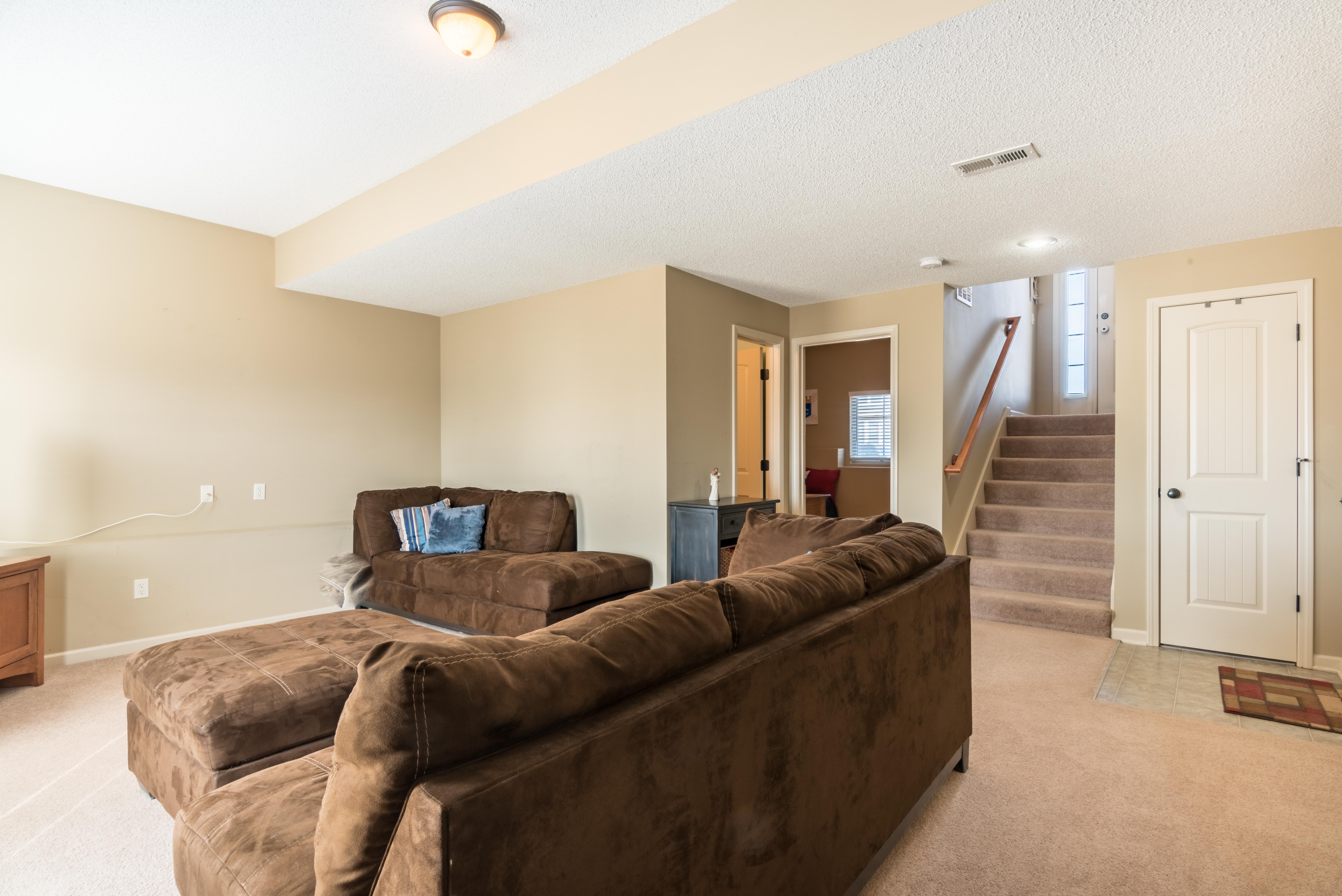 18392 Meade, Gardner - interior-3