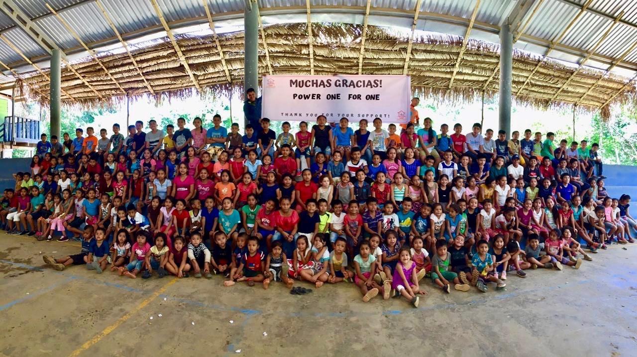 Kinder der Casa Guatemala sagen Danke 7.