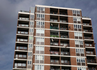 Staying Safe in Tower Blocks during the COVID-19 pandemic