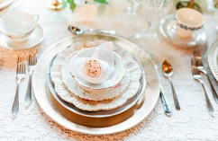 Mismatched China Wedding Table