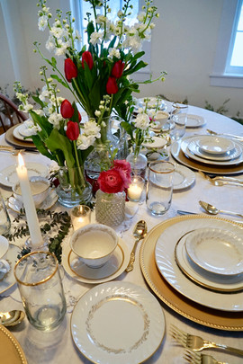 Gold Themed Dinner Party