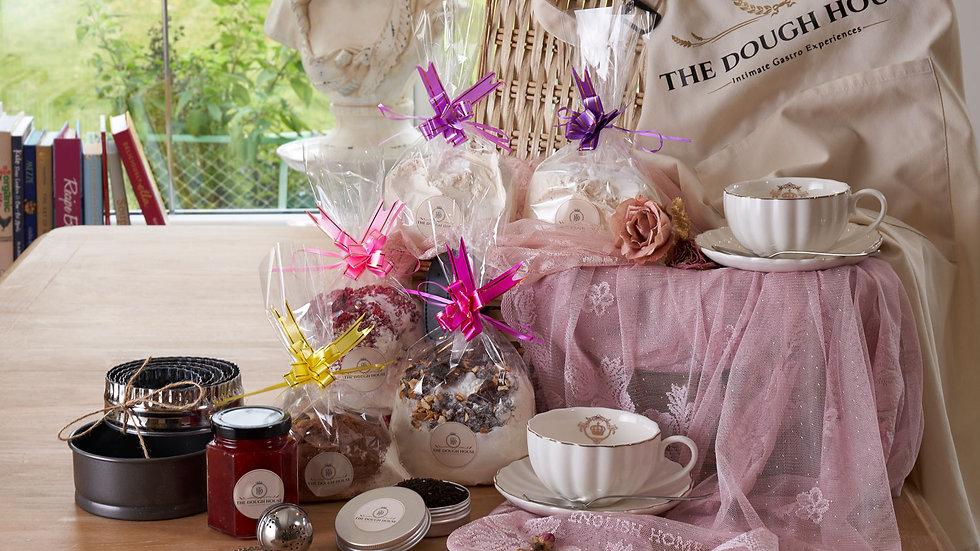Afternoon Tea & Baking Gift Set Royal Crown