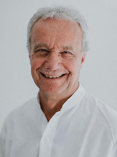 Porträt Facharzt für innere Medizin Dr. Christoph Müller-Schwefe