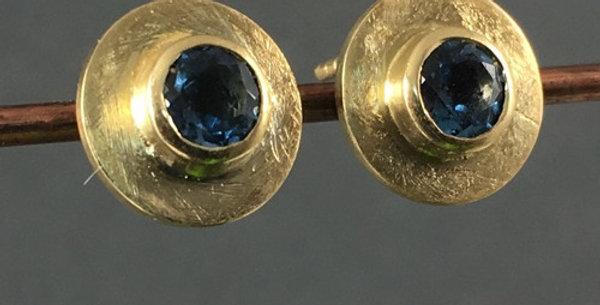 Ohrringe in Gold mit Topasen
