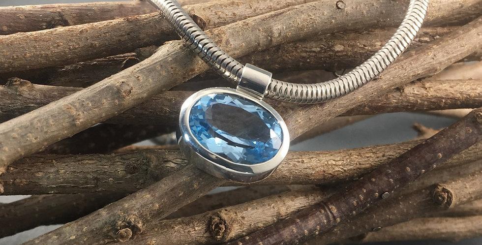Silberkette mit Topasanhänger
