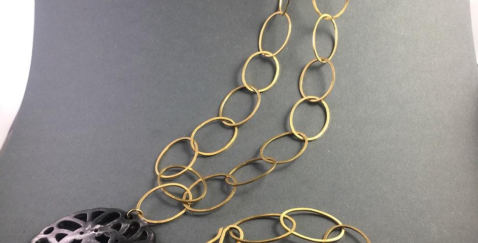 Goldene Gliederkette aus großen Ovalen