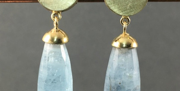 Ohrringe in Gold mit Aquamarinen
