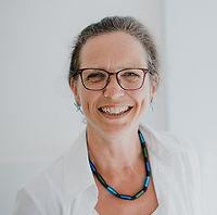 Frau-Siemers-Praxis-2-19_72dpi.jpg