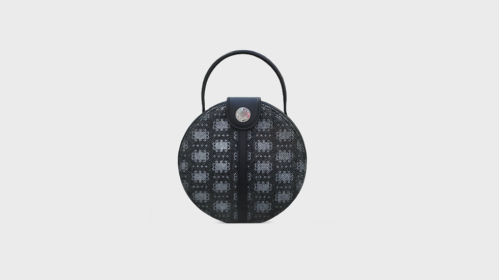 Lexi canteen bag in wool and calfskin leather