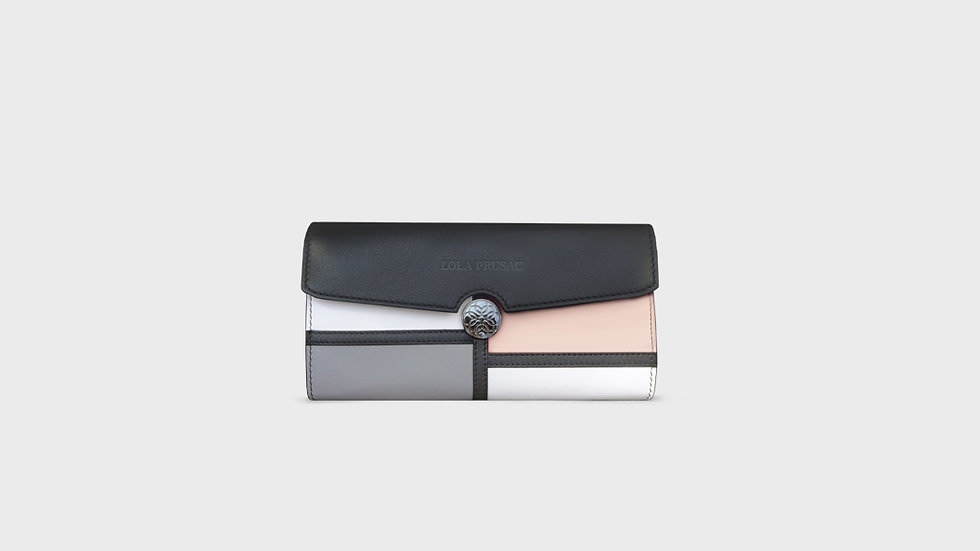 Kristina Wallet in calfskin leather