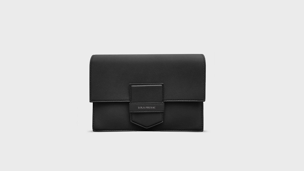 Eden flap clutch in calfskin leather