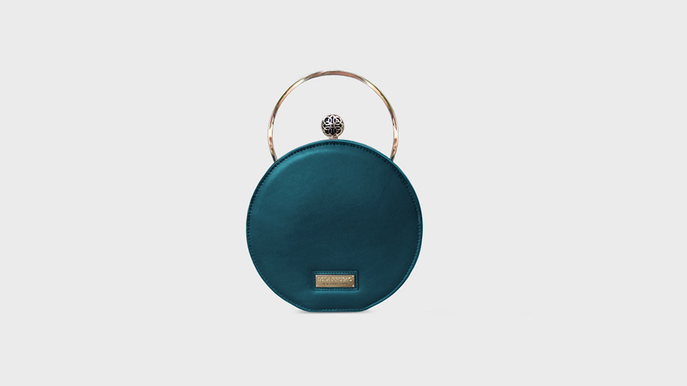 Lexi canteen bag in calfskin leather