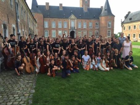 Onze violisten te Alden Biezen, Bilzen, augustus 2015.