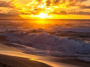 Sunset-Beach-Oahu-cr-getty.webp