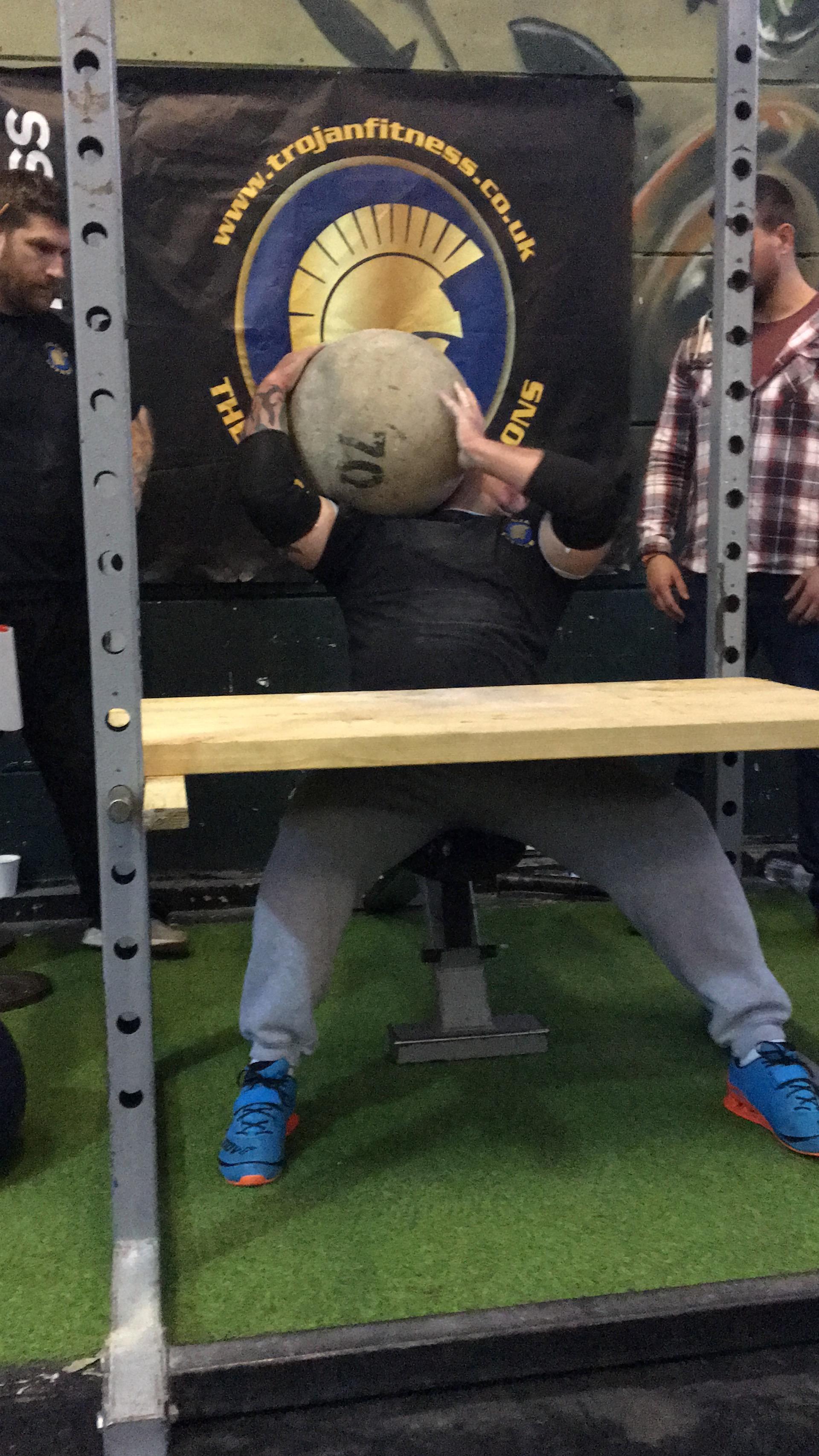 Mens 70KG Atlas stone to shoulder