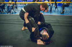 Pulling guard to sweep (BJJ)