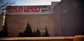 Berlin werbefrei, Street Art Künstler*in: unbekannt; Karls-Marx-Str., Neukölln, picture by Hilde Muffel