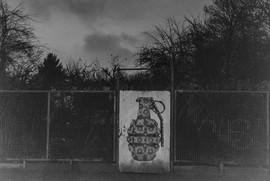 Hand grenade, Street Art Artist: SC Szyman, Herfurthstr., Neukölln