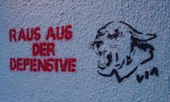"""""""Raus aus der Defensive"""", unknown artist, Herrfurthstr., Neukölln"""