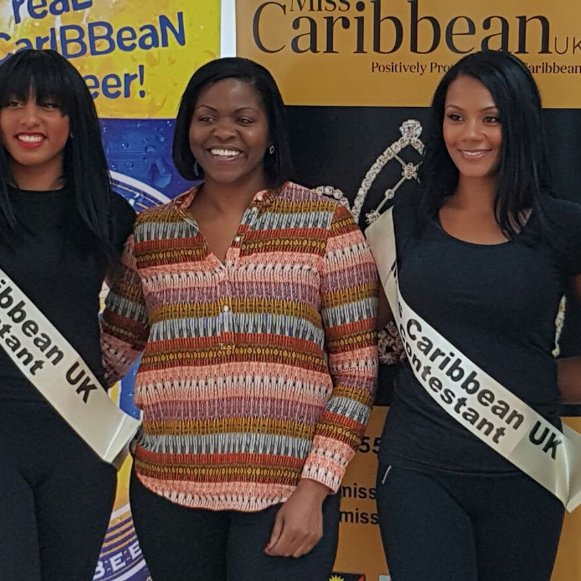Finalists with judge; Dionne Rose