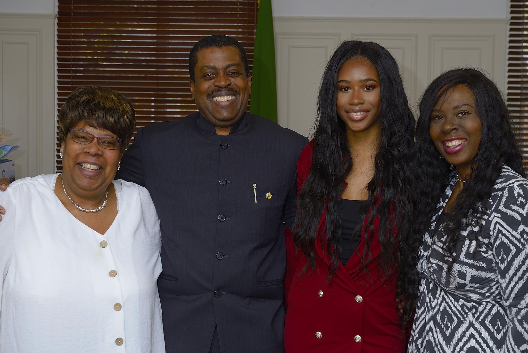 te-Dr Kevin Monroe Isaac-Tamera and Lyne