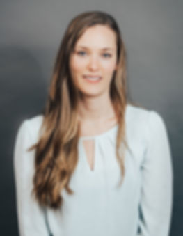 Jackie graduated from the University of Connecticut with a bachelors degree in nutritional science in 2010. She worked in the field for several years before completing her 1200-hour practical internship with Wellness Workdays in 2017.